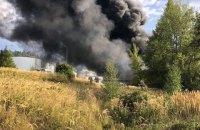 В Чехии возник пожар на складе с нефтепродуктами