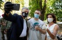 """Порошенко запропонував нагородити бійця з позивним """"Підлий"""" за операцію з евакуації військового під Зайцевом"""