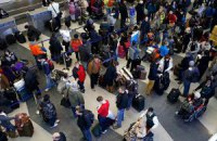 Влада США посилила контроль за безпекою авіаперельотів
