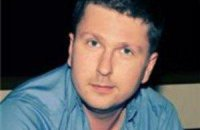 Янукович поручил расследовать покушение на убийство журналиста Шария