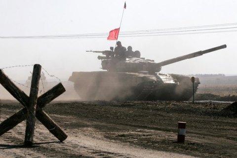Зовнішня розвідка не виключає наступу РФ на Україну, але не цього року