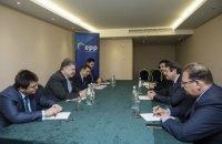 Порошенко и глава Кипра выступили за сохранение санкций против России