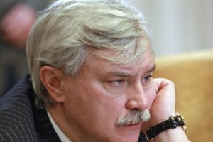 Медведев определился с губернатором Петербурга