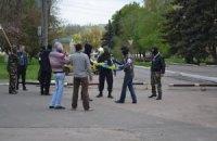 Сепаратисти захопили міськраду Амвросіївки і змусили мера піти у відставку