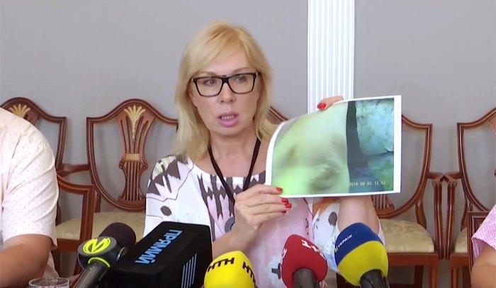 Уполномоченный Верховной Рады по правам человека Людмила Денисова во время пресс-конференции сообщила о дополнительных обстоятельства скандала на Волыни: у десяти воспитанников обнаружили следы избиения