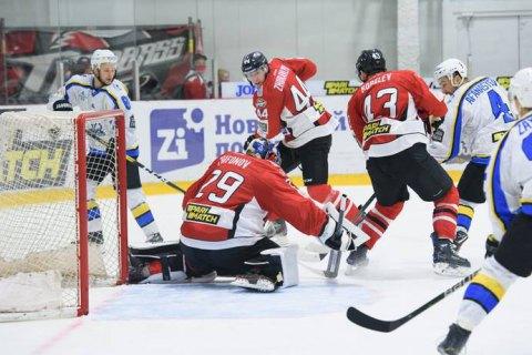 Проведение матчей плей-офф УХЛ остановлено: в двух командах выявлено 33 зараженных COVID-19