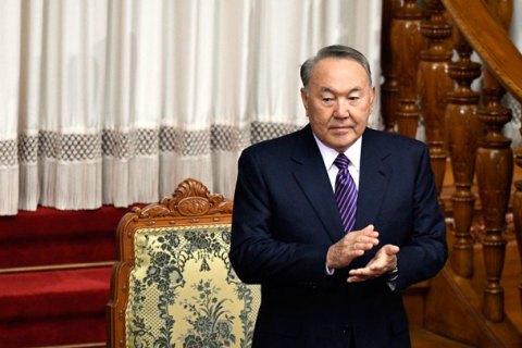Назарбаев одобрил переход Казахстана на латиницу