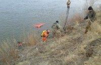 Автомобіль впав у річку в Чернігівській області