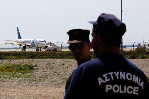 Викрадача літака EgyptAir затримано (оновлено)