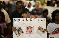 В Калифорнии арестованы шесть протестующих против приговора за убийство чернокожего