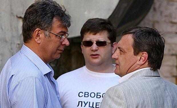 Луценко - сидить, Гримчак - поза стінами парламенту. З числа «самооборонців» хіба що Ар'єв, завдяки протестним настроям киян, пройшов у Раду