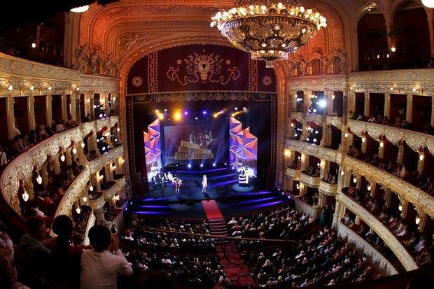 Церемонии открытия и закрытия фестиваля проходят в Оперном театре