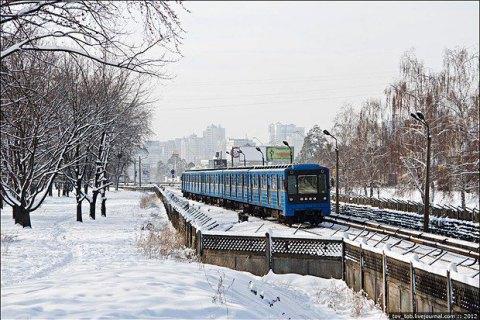 Киевский метрополитен продал два устаревших вагона за 546 тыс. гривен