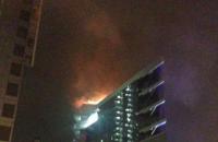 В Киеве вспыхнул пожар в бизнес-центре на Днепровской набережной (обновлено)