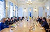 Разумков зустрівся з керівником місії МВФ