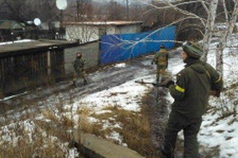 Силовики провели зачистку в Золотому Луганської області