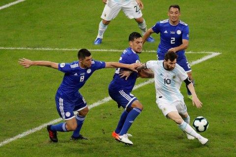 Месси в матче с Уругваем показал мастер-класс, обыграв в эпизоде пол-команды