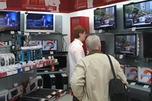 Продажи техники в украинских магазинах упали на 30-40%