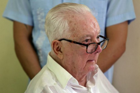 На Кубе умер соратник Фиделя Кастро