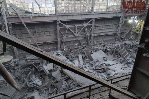 В Запорожье в цехе ферросплавного завода Коломойского обрушилась крыша