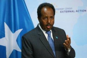 Президент Сомали пережил нападение исламистов