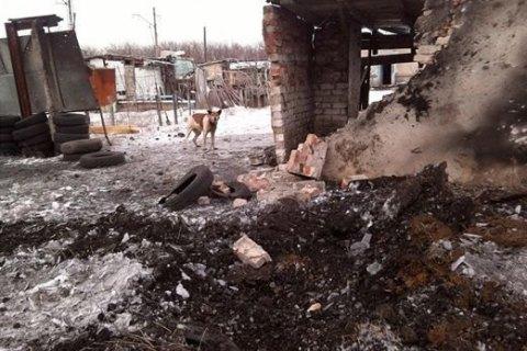 На Донбасі почали виплачувати компенсації за зруйноване внаслідок агресії РФ житло