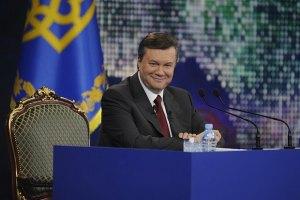 Янукович желает изобретателям новых достижений