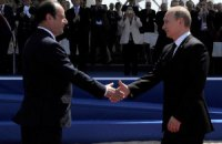 Не дайте себе спокусити словам Кремля, слідкуйте за діями