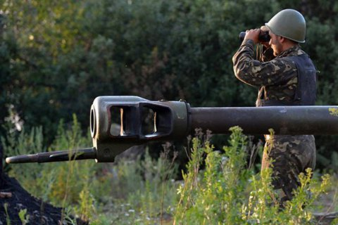 Украинские военные попали под мощный обстрел в районе Старогнатовки