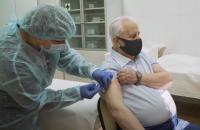 Первый президент Украины Леонид Кравчук вакцинировался от ковида