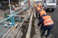 КМДА показала, як розбирають Шулявський міст