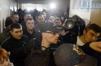 Суд продовжив арешт двом екс-беркутівцям, обвинуваченим у вбивствах на Майдані
