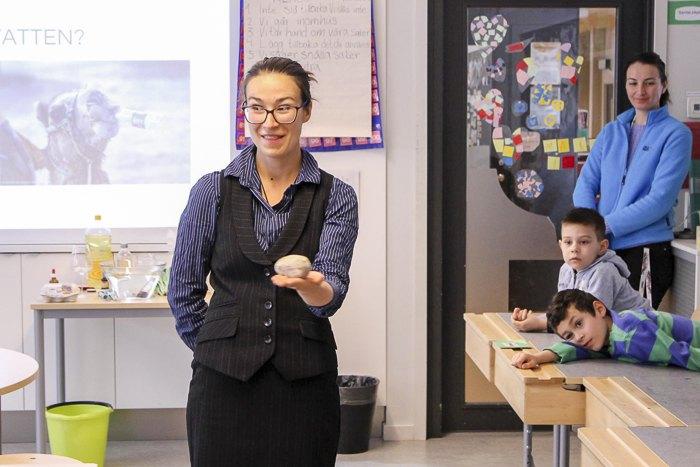 Марина Михацкая во время урока