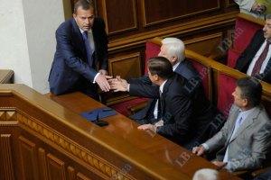 Клюев: Кабмин уважает Литвина, министры придут в Раду
