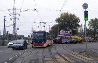 В Киеве на Черниговской сломался трамвай
