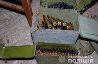 Рахунок на тисячі: у Бахмуті поліція виявила арсенал зброї та боєприпасів