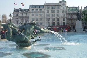 Лондонские фонтаны оставят без воды до осени