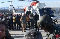 Українські моряки, що вижили під час катастрофи суховантажу в Чорному морі, прибули в Одесу
