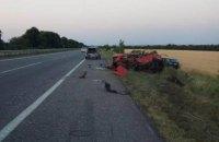 На одесской трассе Lexus врезался в припаркованный ВАЗ, погибли три человека