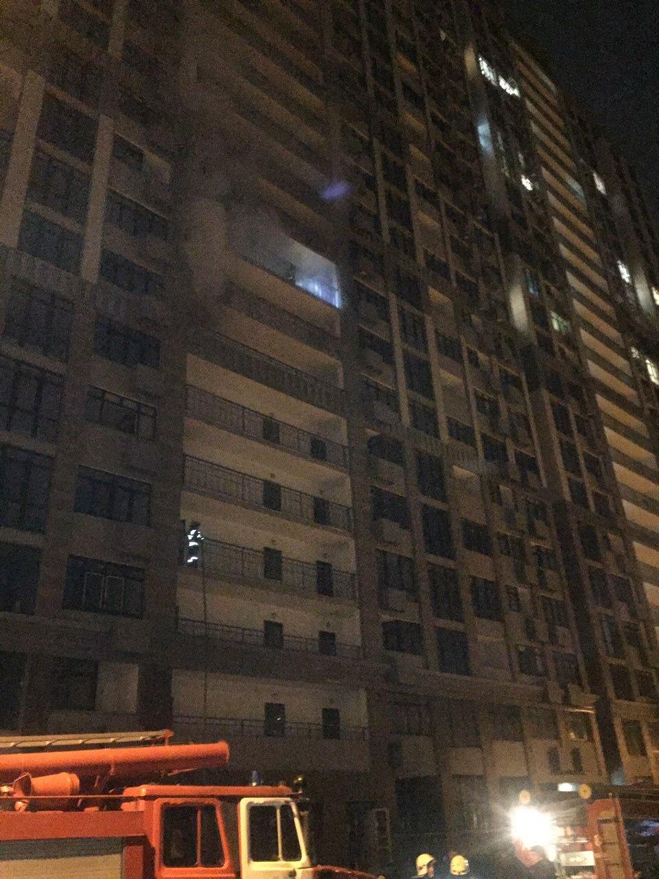 Пожар в 24-этажном доме возник из-за проводки