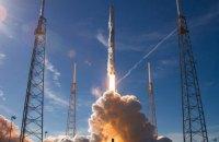 SpaceX начала очередной массовый запуск спутников. Видео