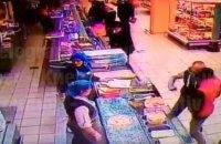 Чоловіка, який у столичному супермаркеті вбив людину, знайшли через 20 днів