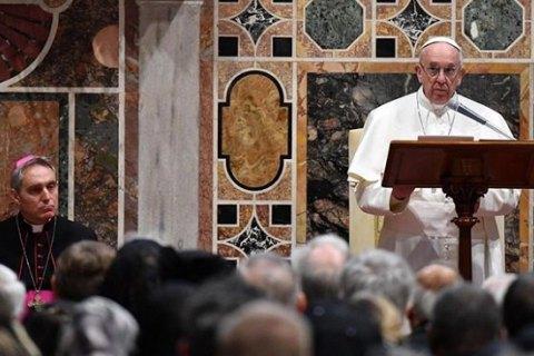 Папа Римский Франциск призвал преодолеть гуманитарный кризис на Донбассе