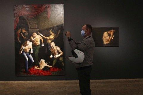 Мова для міфу: виставка Євгена Равського у Львові