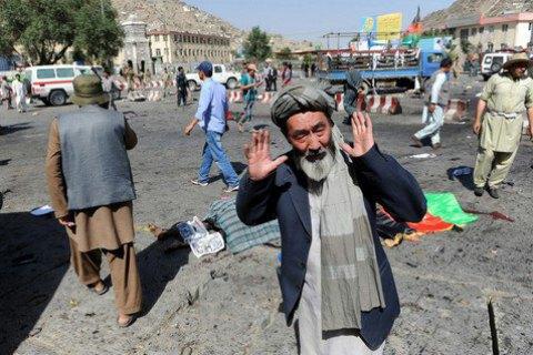 У результаті вибуху біля мечеті в Кабулі загинули 17 людей (оновлено)