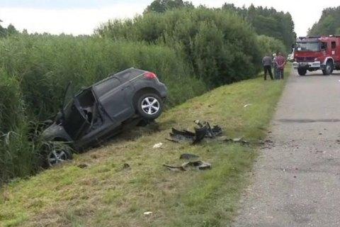 У Польщі мікроавтобус з українцями потрапив у ДТП, є загиблий (оновлено)