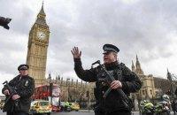 У здания парламента Британии открыли стрельбу, есть пострадавшие (Обновлено)