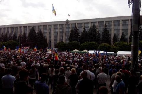 Мешканці Кишинева вийшли на антиурядовий мітинг