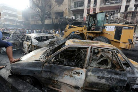 Кількість загиблих під час вибухів у Багдаді зросла до 213 осіб