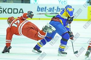 Украина разгромила поляков на чемпионате мира по хоккею